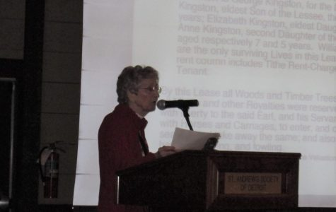 Mary Lou Duncan, past Society Genealogist, speaking at one of the Library's sponsored Genealogy Programs