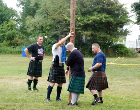 Caber throwing class in session